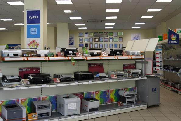 Компьютерный магазин «Ф-Центр» у станции метро «Владыкино» 5ecaff42c58